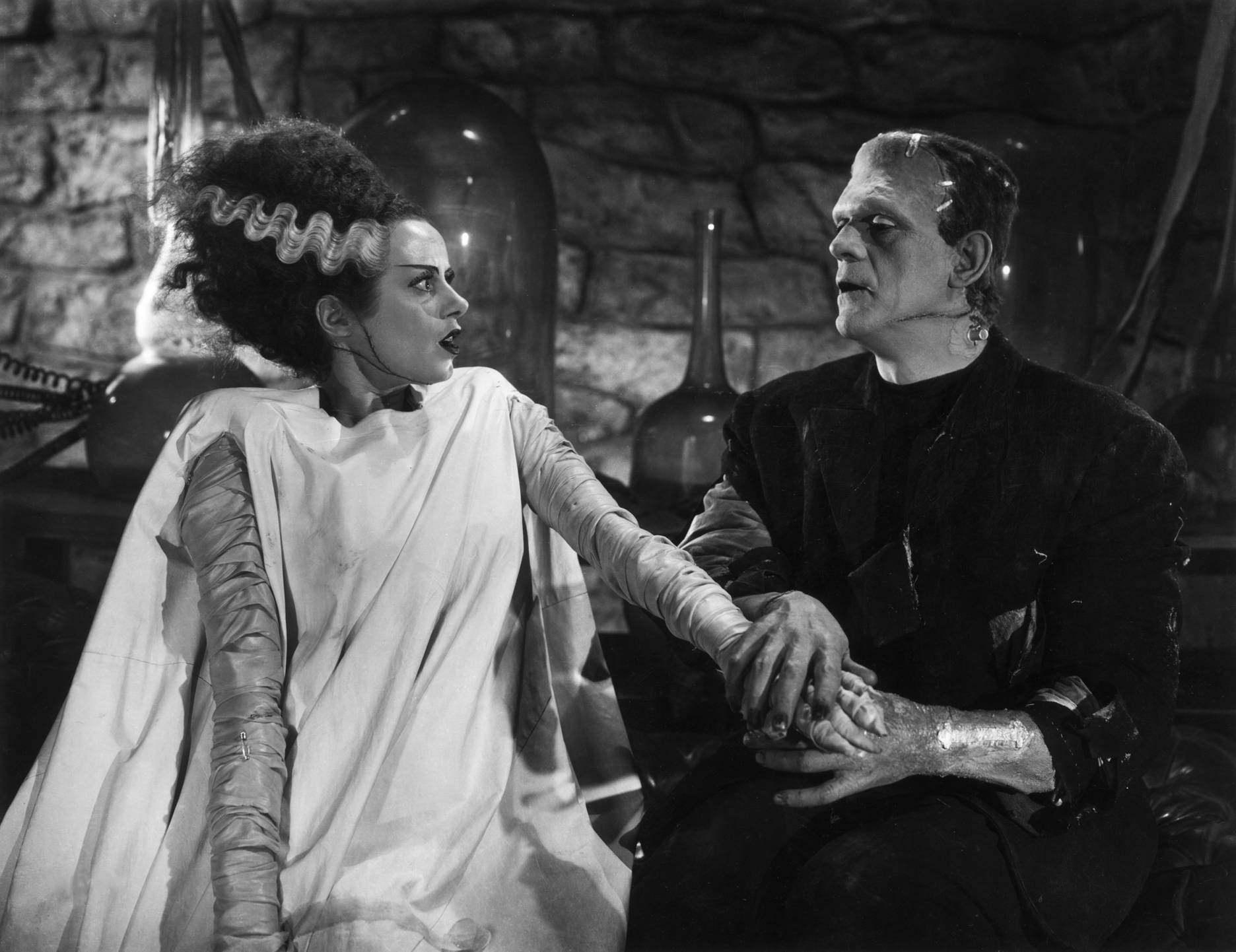 科学怪人之后,佛兰肯斯坦在怪博士的威迫下,合作制造出了一名女性科学
