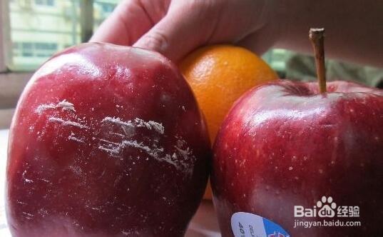 苹果皮上面的蜡能吃吗?