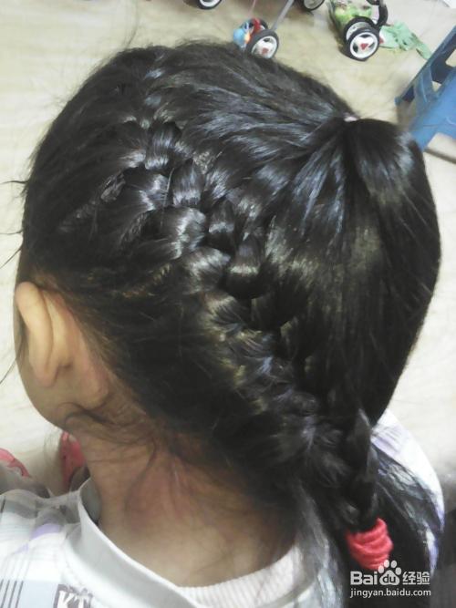 精美儿童发型2——桃心头发图片