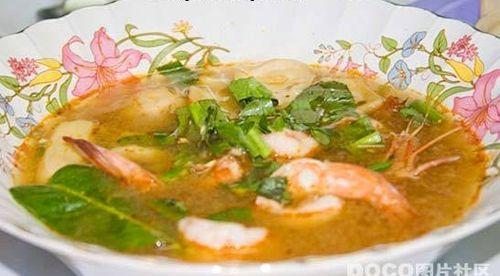 去越南品尝杂糅风格美食图片