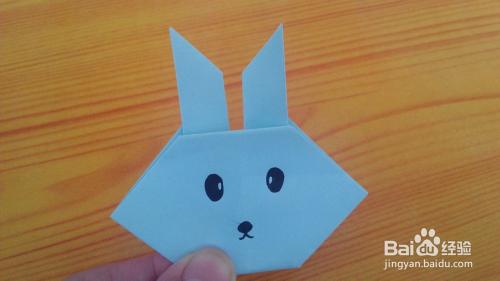 折纸兔子又怎能不可爱,今天的兔子头折法真的非常非常简单,成品也是图片