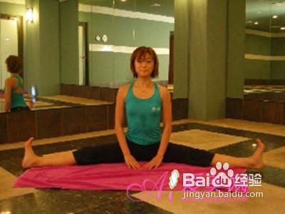 最简单有效的瑜伽瘦腿:简易方法瘦腿瘦脸打着了躺图片