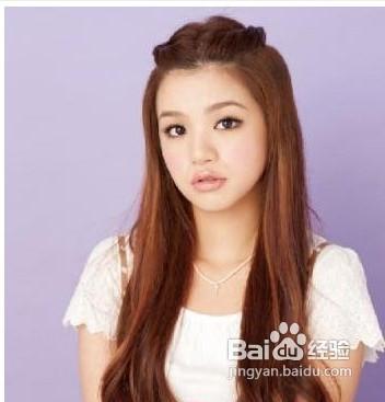 时尚的刘海编发发型图片