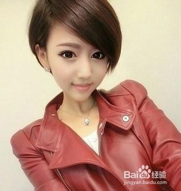 时尚/美容 > 美发  4  一款时尚大气的女生短发造型,斜刘海打造出片状图片
