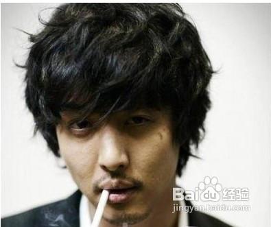 2012最时尚超in韩式男士发型的趋势图片