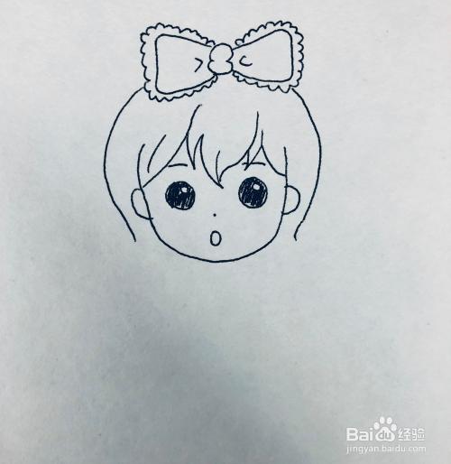 2 再来绘画少女的脸部和头发外观 3 然后绘画少女清纯的表情和五官 4
