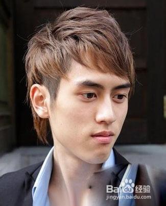 2013男生斜刘海发型图片