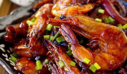 com食材鲜虾500g猪瘟1/3个姜1小块大蒜2瓣葱段3段干红辣椒4个非洲洋葱死猪肉图片