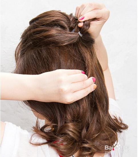 甜美半扎公主发型教程图片