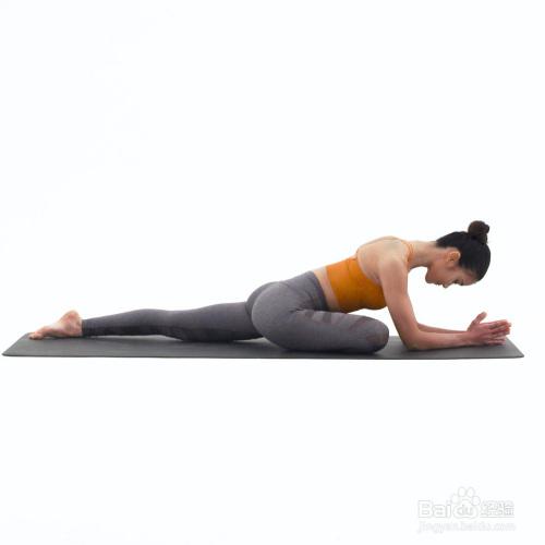 右侧鸽子式_体态瑜伽 · x型腿改善图片