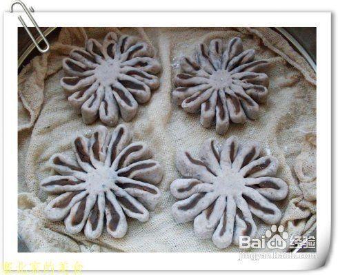 灵感源于中国传统点心的一道面点——菊花饼图片