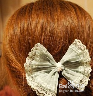 com  对于卷发的女孩子来说,如果更好的盘发才会更好看呢,那么小编图片