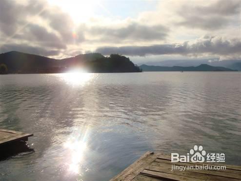 4泸沽湖一天游早上:看泸沽湖上传上午划船游岛下午:日出丽江怎么返回攻略图片