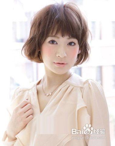 时尚圆脸mm短发发型图片