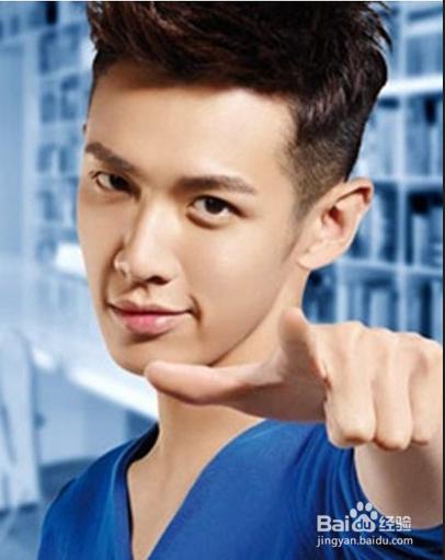 1       韩式纹理烫 韩式纹理烫发型绝对是长脸男生的首选,蓬松的