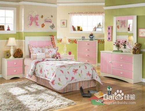 儿童房间布置,利用装饰画打造温馨的小卧室图片