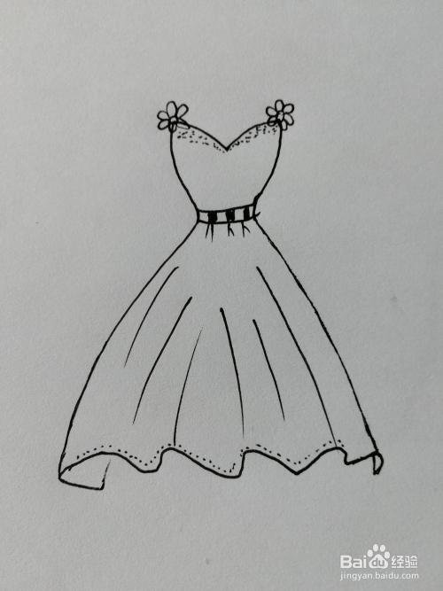 简笔画(19)——美丽的花裙子图片