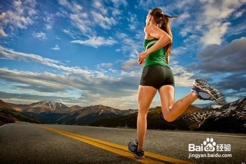跑步减肥法_怎样正确标准姿势跑步,慢跑减肥?