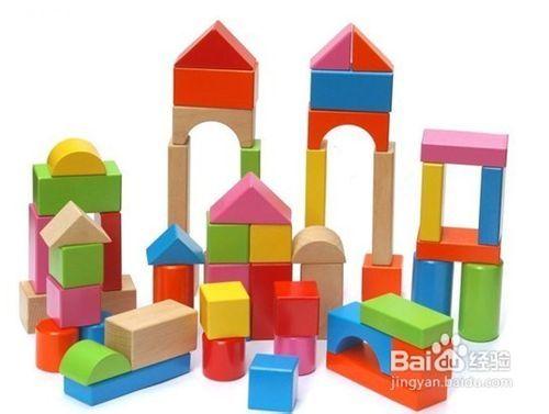 为积木挑选益智玩具宝宝式建楼房图片