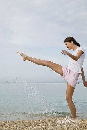 美卡姿局部减肥法:瘦脸瘦身不瘦胸水手+瘦腿服图片