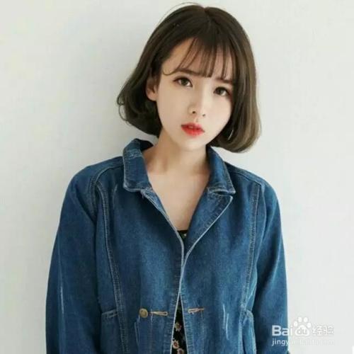 时尚/美容 > 美发  1 【第1款】 三七中短发简单的偏分斜刘海,搭配图片
