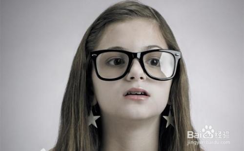 期戴眼镜眼睛�9oh_保健养生  1     近视不戴眼镜的后果 对于儿童而言,眼睛近视不戴眼镜