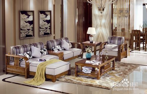 com 目前市场上客厅沙发有多种多样,木质沙发,皮革沙发,布艺沙发,藤编