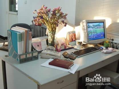 怎样清理办公桌图片
