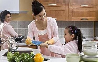 父母怎样教孩子做家务
