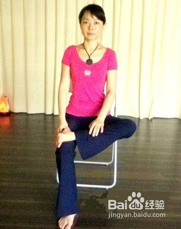 瘦腿最快最有效?轻松瘦腿瑜伽瘦腿超简单图片磁v瘦腿罐图片