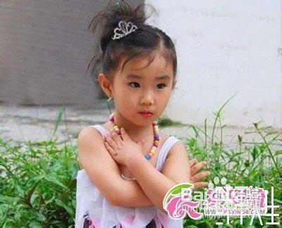 小女孩发型绑扎方法 几种图解图片