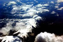 俯瞰昆仑山