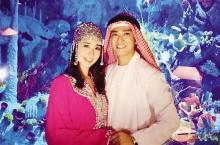 陈晓东与妻子迪拜度假合照