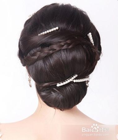 2014时尚新娘盘发教程之8款韩式新娘编发发型图片