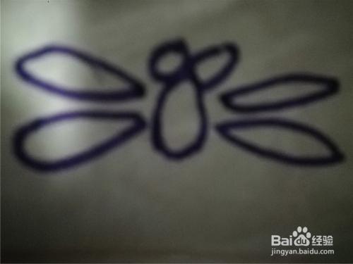 怎么样用水彩笔画蜻蜓