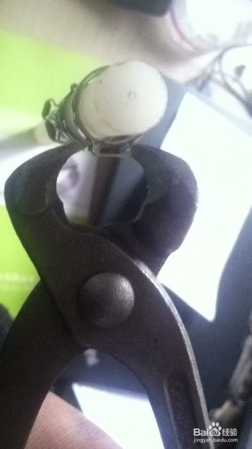 不锈钢单耳卡箍手动钳正确安装方法