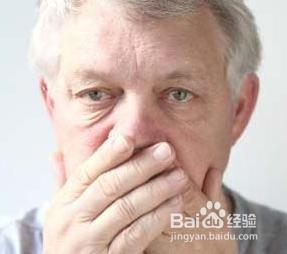老年人口臭_老人口臭是什么原因 老人口臭怎么办