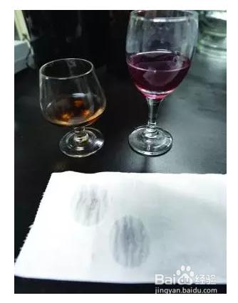 外媒称中国一半葡萄酒是假货 教你史上最全的真假红酒鉴别方法