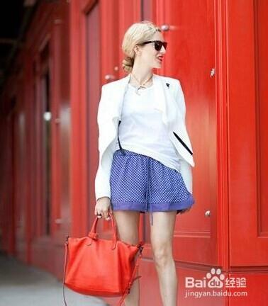 怎么打扮自己才好看_女生要怎么穿衣服怎样打扮自己才完美-百度经验