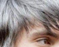 有效治疗白发变黑发的轻松小窍门