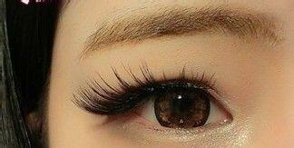 教化妆画出卧蚕眼大眼妆