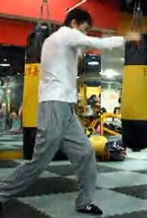 新手练习泰拳前期需做的基本功