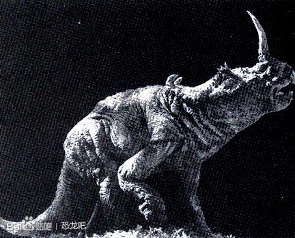 关于恐龙的纪录片_1985年 《史前野兽》和《恐龙!》