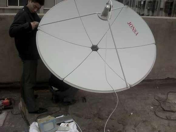 大锅高频头安装图_谁会安装卫星电视接收器,大锅的【大同吧】_百度贴吧