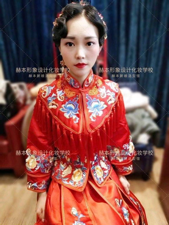 广安赫本形象设计化妆学校