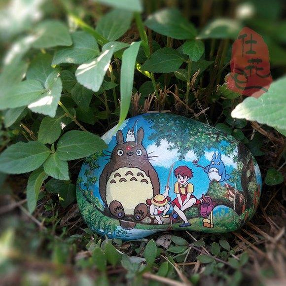 龙猫石头图片_开始了寻梦之旅。