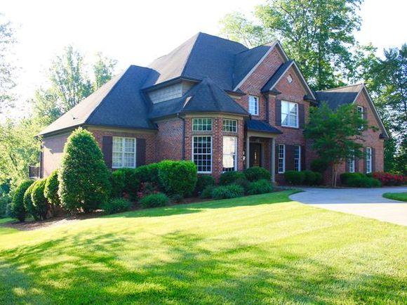 去美国北卡温莎,买北美最便宜,增值最快的豪宅