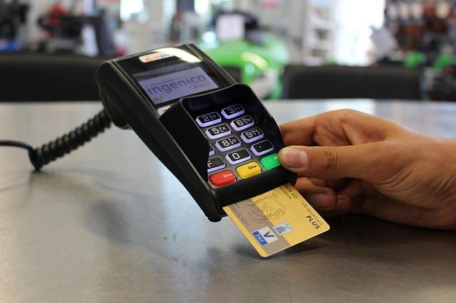 从3千到50万,人人都能学会的信用卡养卡招术