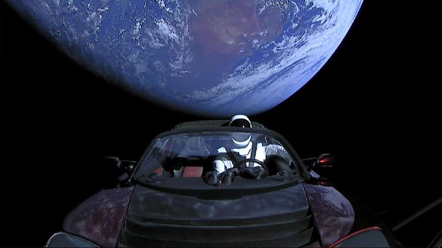"""从万颗卫星到全球联网,""""钢铁侠""""马斯克还需迈过三道坎"""